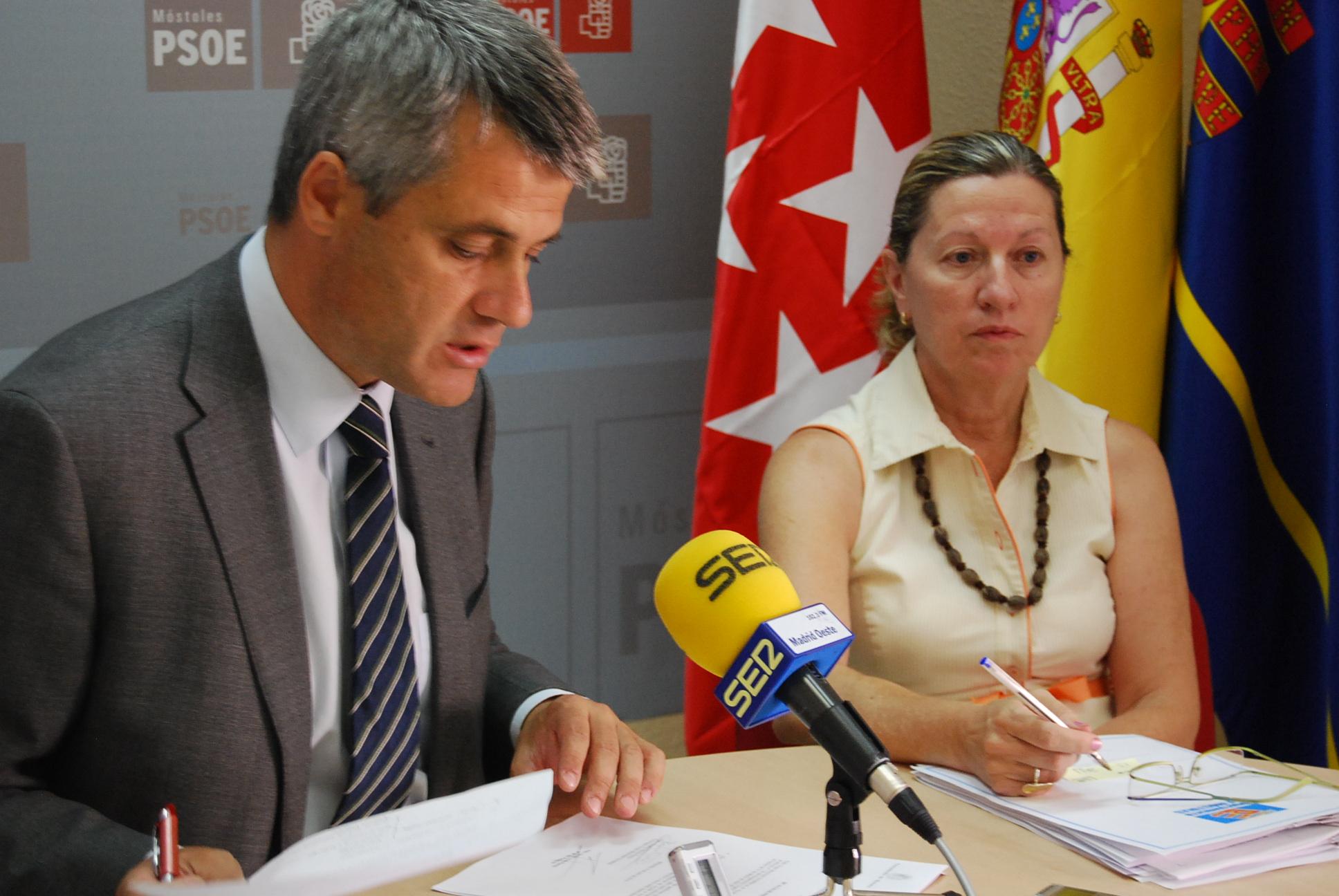 David Lucas y Laura Cillero en rueda de prensa