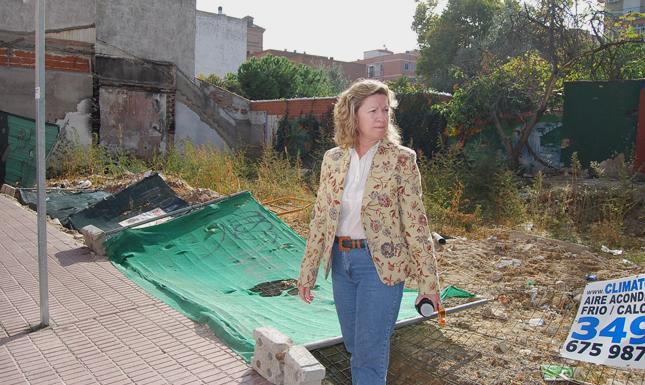 laura cillero solar abandonado