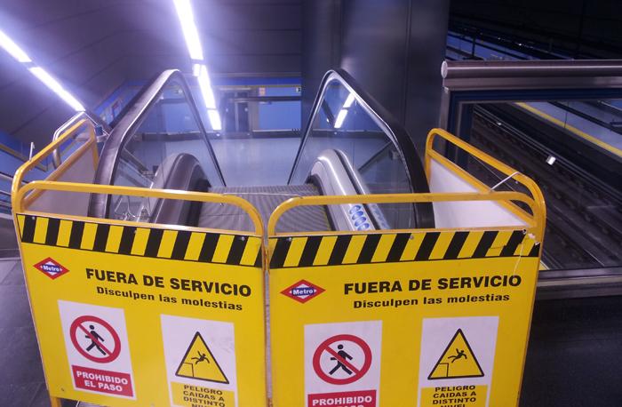 pradillo metro escaleras