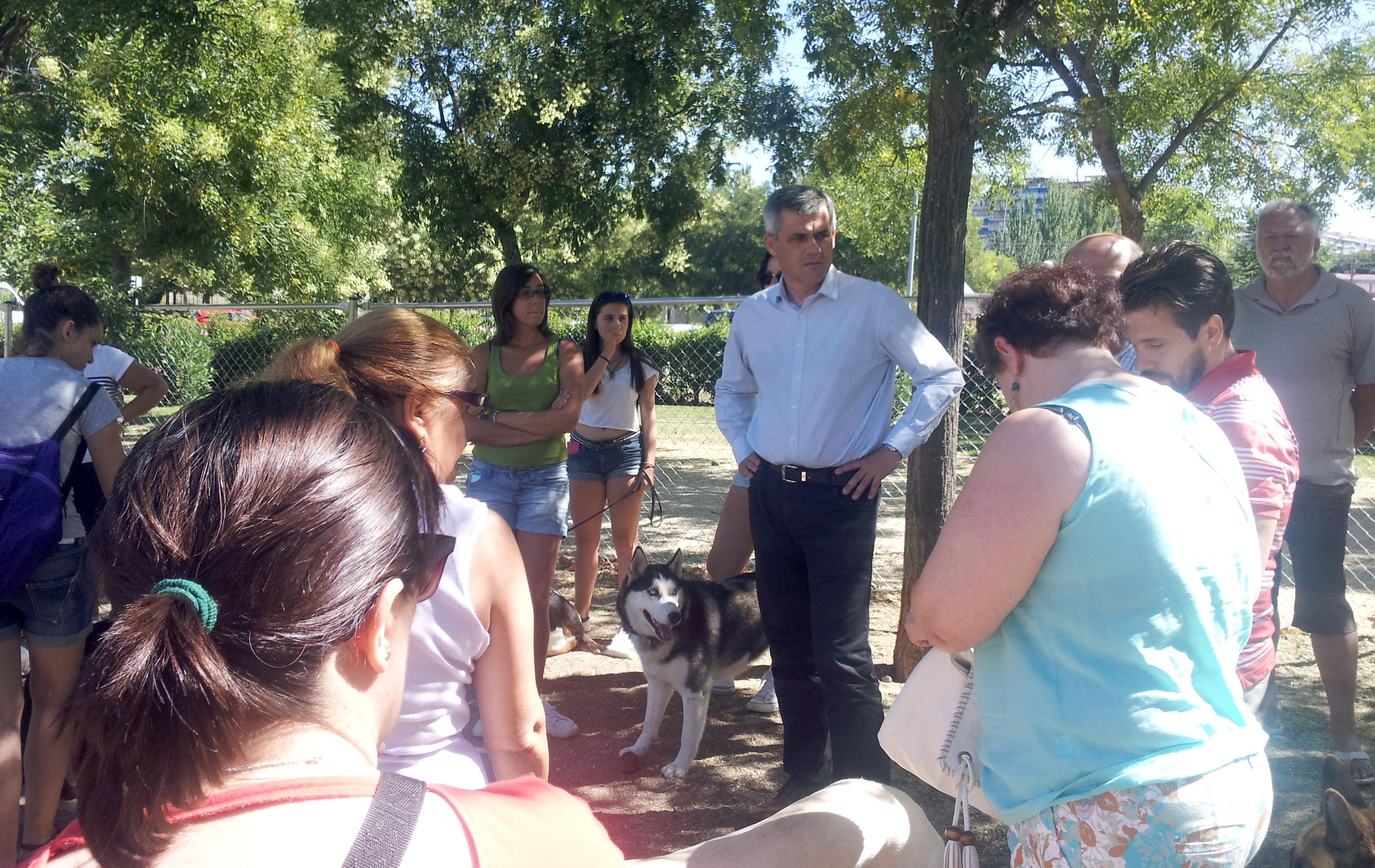 David Lucas parque canino